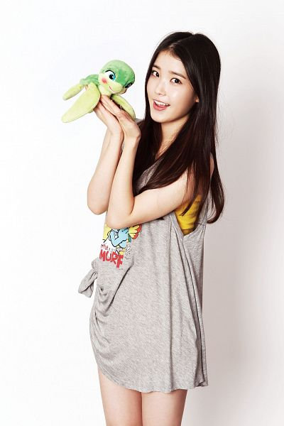 Tags: K-Pop, IU, Stuffed Toy, Toy, Light Background, Gray Dress, White Background, Bare Legs, Android/iPhone Wallpaper