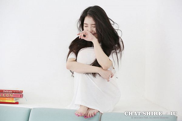 Tags: K-Pop, IU, White Dress, Nail Polish, Bent Knees, Feet, Hug, Make Up, Laughing, Leg Hug, Couch, Sitting