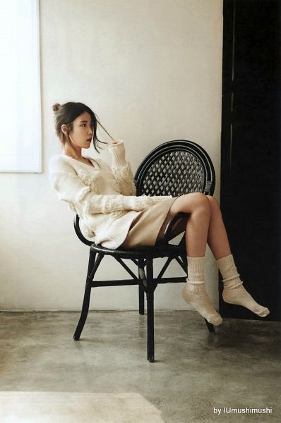 Tags: K-Pop, IU, Hair Up, Single Bun, Sitting On Chair, Socks, Shoeless, Chair, Hair Buns, Sweater, Android/iPhone Wallpaper, IU 2016 Calendar