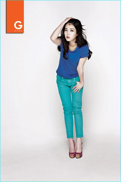 Tags: K-Pop, IU, Blue Pants, Bend Over, Short Sleeves, Blue Shirt, Text: Brand Name, Guess