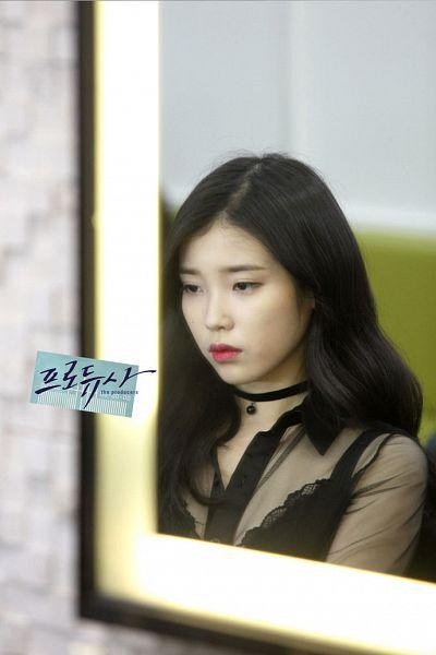 Tags: K-Drama, K-Pop, IU, Reflection, Mirror, Mole, Glass, Korean Text, Facial Mark, The Producers
