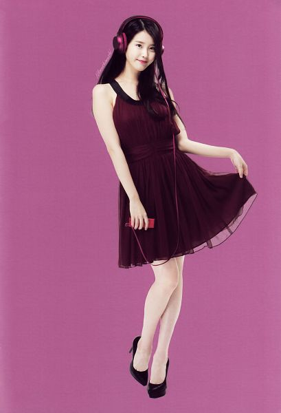 Tags: K-Pop, IU, Sleeveless, Purple Dress, Purple Outfit, Bare Shoulders, Sleeveless Dress, Headphones, Full Body, Purple Background, Android/iPhone Wallpaper, Sony