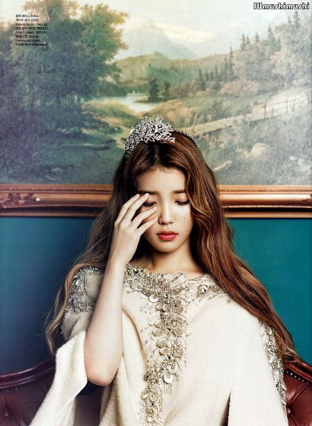 Tags: K-Pop, IU, Sitting On Couch, Couch, White Dress, Eyes Closed, Tiara, Crown, Magazine Scan, CeCi, Android/iPhone Wallpaper