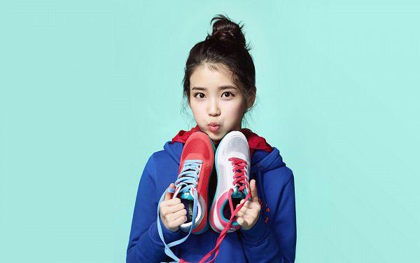 Tags: K-Pop, IU, Hair Up, Blue Jacket, Blue Outerwear, Shoes, Sneakers, Single Bun, Hood, White Footwear, Hoodie, Red Footwear