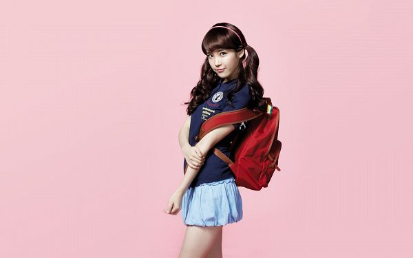 Tags: K-Pop, IU, Bag, Backpack, Bare Legs, Twin Tails, Hand On Arm, Skirt, Pink Background, Black Shirt, Blue Skirt, Wallpaper