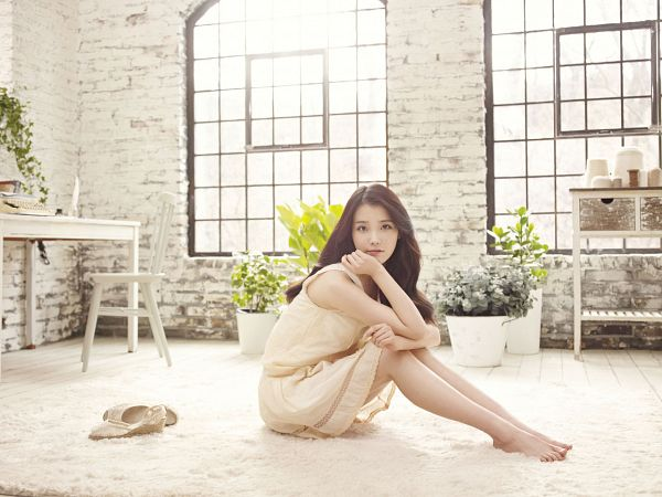 Tags: K-Pop, Good Day, IU, Sitting On Ground, Chair, Plant, Table, Window