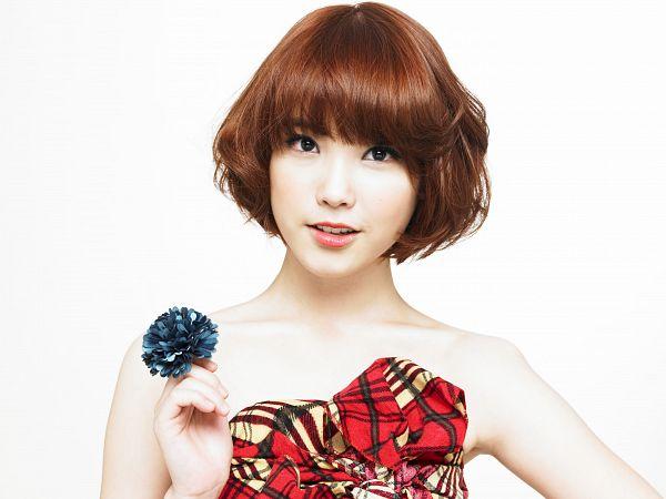 Tags: K-Pop, IU, White Background, Bare Shoulders, Flower, Ring, Checkered Dress, Red Dress, Collarbone, Medium Hair, Sleeveless Dress, Checkered