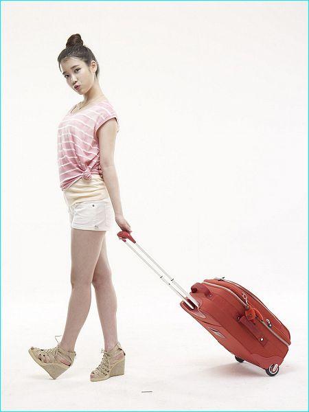 Tags: K-Pop, IU, White Background, Bag, Striped Shirt, Shorts, Pink Shirt, Hair Buns, Suitcase, Single Bun, Hair Up, Striped