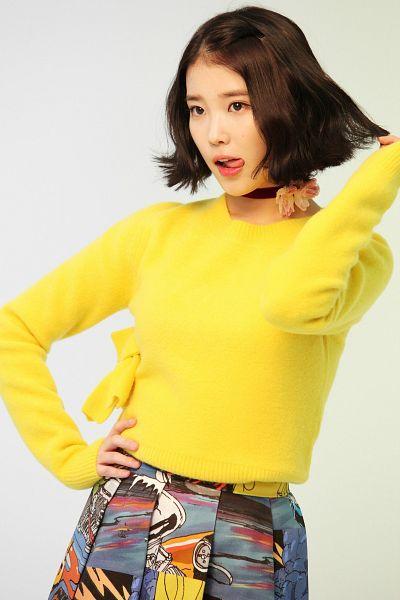 Tags: K-Pop, K-Drama, IU, Medium Hair, Pleated Skirt, Yellow Shirt, Skirt, Gray Skirt, Choker, Sweater, Hand In Hair, Tongue