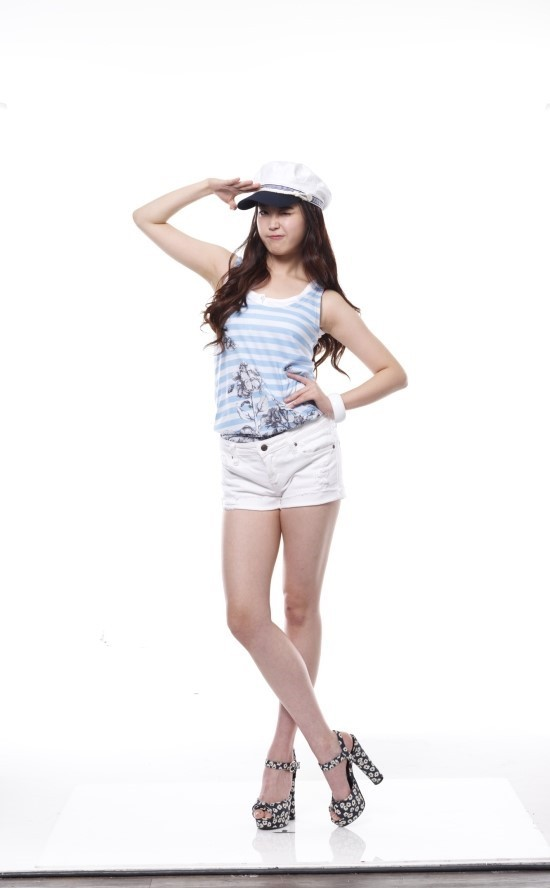 Tags: K-Pop, IU, Hand On Hip, Sandals, White Background, Bare Shoulders, Shorts, Full Body, Salute, High Heels, Crossed Legs (Standing), Wink