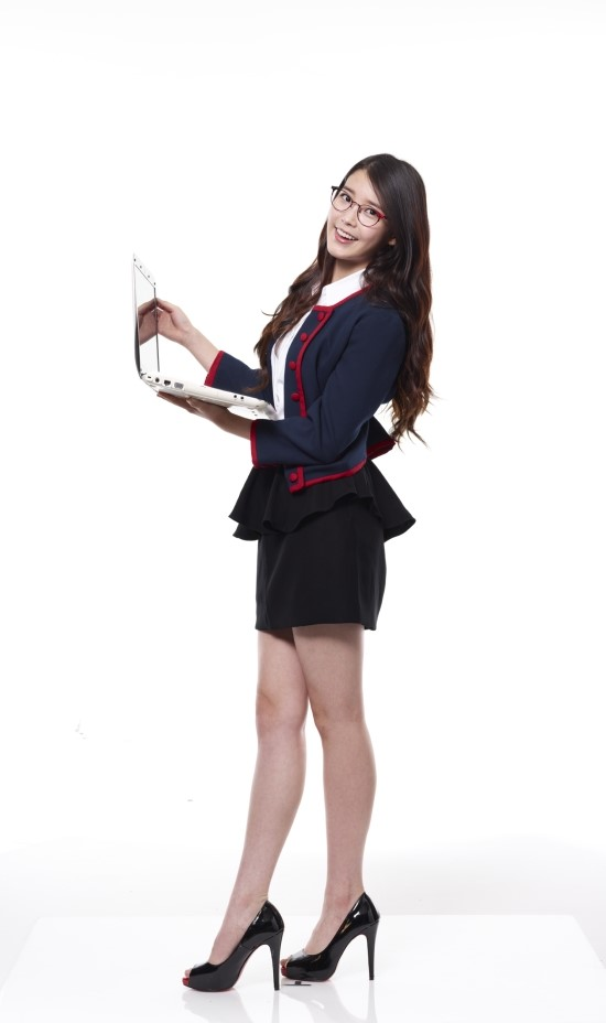 Tags: K-Pop, IU, Black Skirt, Skirt, Computer, Light Background, Blue Jacket, White Background, Glasses, Blue Outerwear, High Heels, 11st
