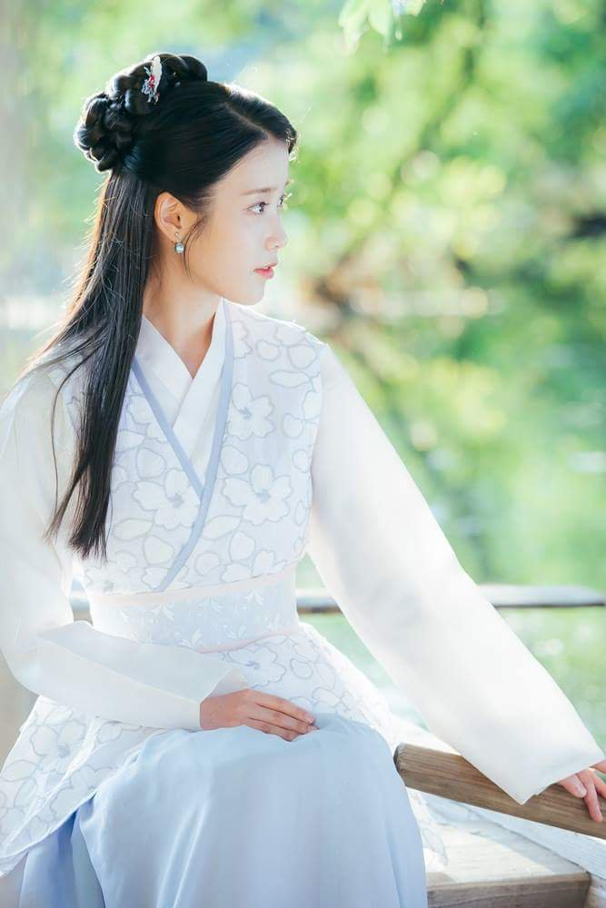 Tags: K-Pop, K-Drama, IU, Plant, Blue Outfit, Traditional Clothes, Side View, Boat, Korean Clothes, Tree, Moon Lovers: Scarlet Heart Ryeo