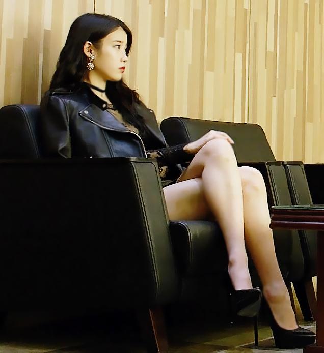 Tags: K-Drama, K-Pop, IU, Bare Legs, Black Outfit, Black Footwear, Shoes, Crossed Legs, High Heels, The Producers