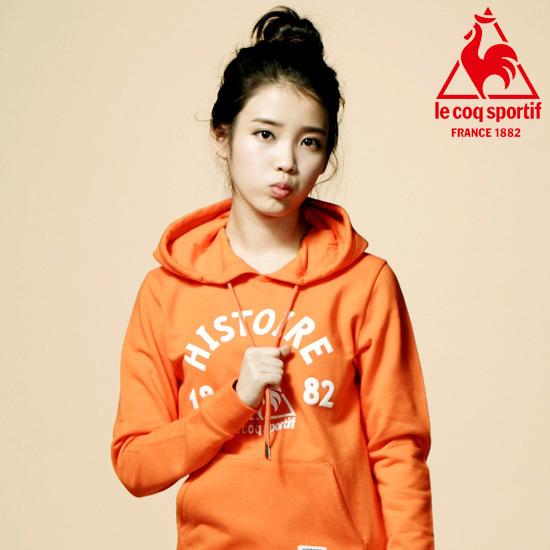 Tags: K-Pop, IU, Hair Buns, Orange Shirt, Hoodie, Single Bun, Hair Up, Le Coq Sportif