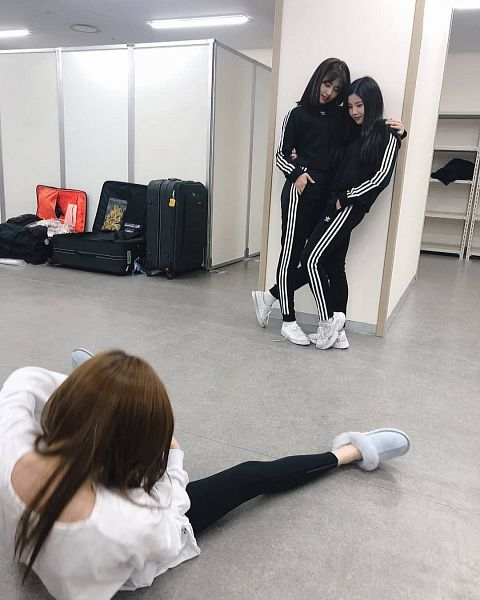 Tags: K-Pop, IZ*ONE, Ahn Yujin, Kwon Eunbi