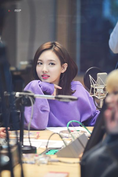 Tags: JYP Entertainment, K-Pop, Twice, Im Nayeon, Microphone, Looking Ahead, Chin In Hand, Teeth, Purple Shirt, Android/iPhone Wallpaper