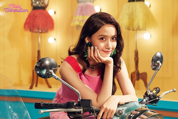 Tags: K-Pop, Girls' Generation, Im Yoona, Motorcycle, Holiday Night (album)