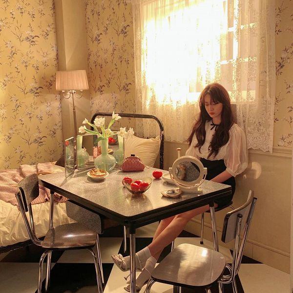 Tags: K-Pop, Girls' Generation, Im Yoona, Black Skirt, Glass, Socks, Black Bow, Flower, Sitting On Chair, Curtain, Mirror, Window