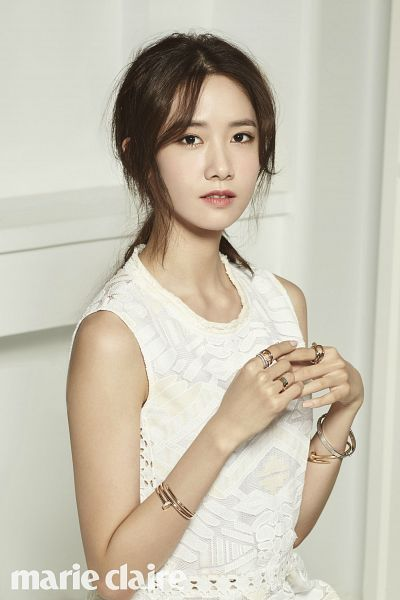 Tags: K-Pop, Girls' Generation, Im Yoona, Bracelet, Ponytail, Ring, Text: Magazine Name, White Dress, White Outfit, Marie Claire, Magazine Scan, Android/iPhone Wallpaper