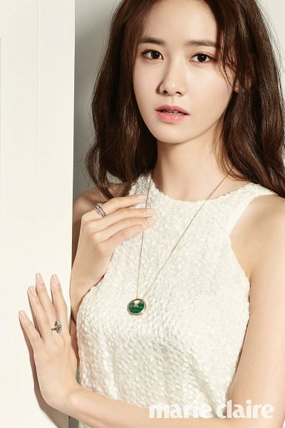 Tags: K-Pop, Girls' Generation, Im Yoona, White Dress, Text: Magazine Name, Necklace, White Outfit, Ring, Magazine Scan, Android/iPhone Wallpaper, Marie Claire