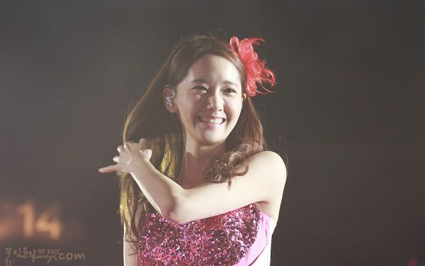 Tags: K-Pop, Girls' Generation, Im Yoona, Red Headwear, Pink Outfit, Sleeveless, Bare Shoulders, Black Background, Sleeveless Dress, Pink Dress, Eyes Half Closed, Hand In Hair