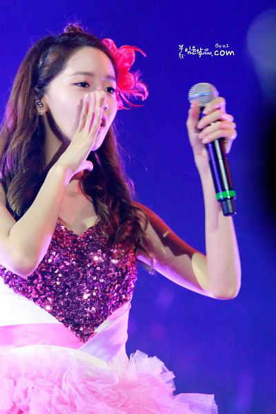 Tags: K-Pop, Girls' Generation, Im Yoona, Bare Shoulders, Sleeveless, Sleeveless Dress, Purple Background, Pink Dress, Pink Outfit, Pink Headwear, Girls' Generation The First Asia Tour Into The New World, Yayoona