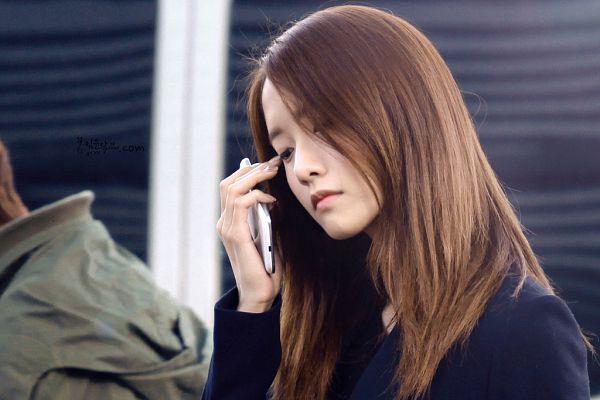 Tags: K-Pop, Girls' Generation, Im Yoona, Looking Down, Black Background, Frown, Eyes Half Closed, Dark Background, Yayoona