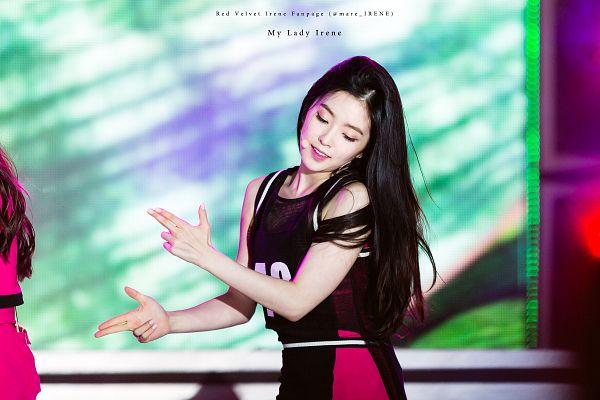 Tags: SM Town, K-Pop, Red Velvet, Irene, Looking Down, Pointing, Dancing, Sleeveless, Cheerleader, Looking Ahead, Bare Shoulders, Wallpaper