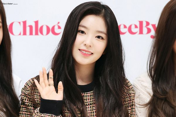 Tags: K-Pop, Red Velvet, Irene, Brown Shirt, White Background, Wave, Light Background
