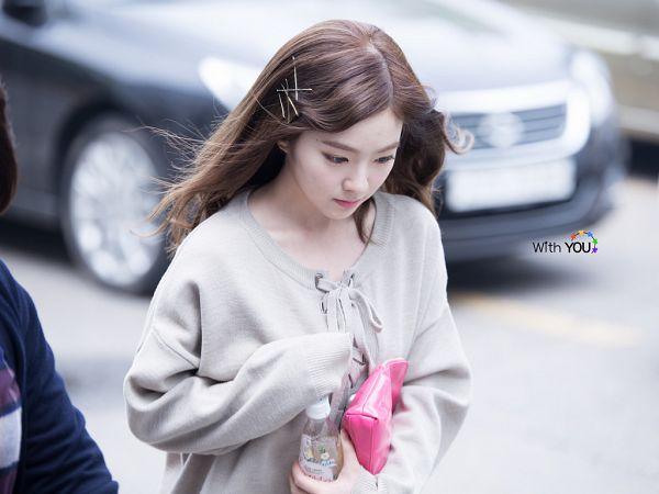 Tags: SM Town, K-Pop, Red Velvet, Irene, Brown Shirt