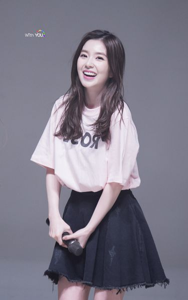 Tags: SM Town, K-Pop, Red Velvet, Irene, Denim Skirt, Black Skirt, Pink Shirt, Laughing, Skirt, Live Performance, Android/iPhone Wallpaper