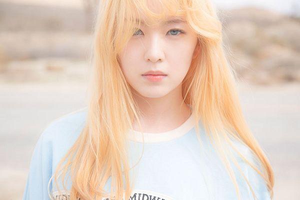 Tags: K-Pop, Red Velvet, Ice Cream Cake (Song), Irene, Outdoors, Blue Eyes, Blue Shirt