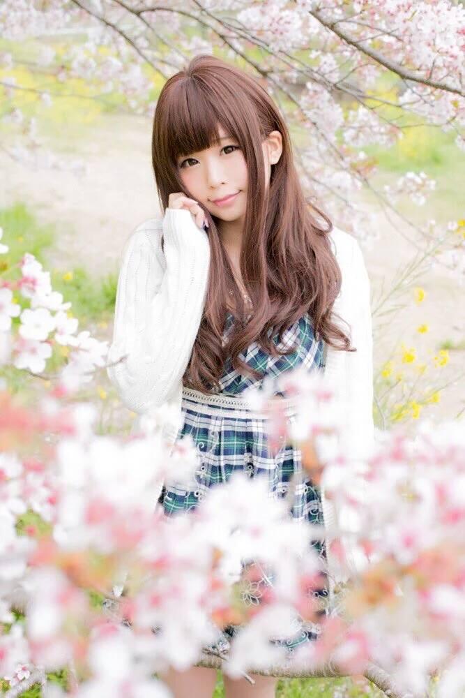 Tags: J-Pop, Itsuki Akira, Green Outfit, Checkered, Cherry Blossom, White Outerwear, Green Dress, Pink Flower, Checkered Dress