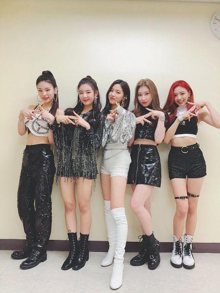 Tags: K-Pop, Itzy, Shin Ryujin, Shin Yuna, Hwang Yeji, Lia, Lee Chaeryeong