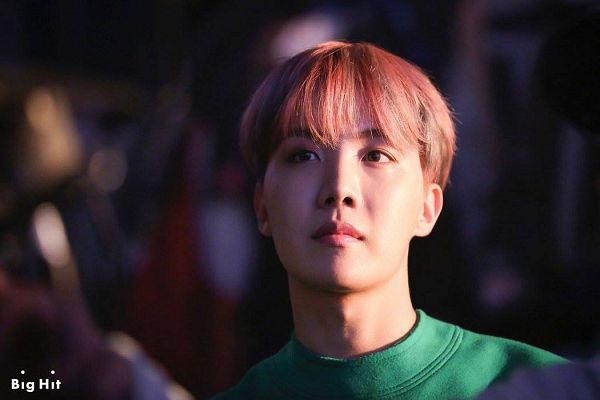 Tags: K-Pop, BTS, Spring Day, J-Hope, Highlights, Serious, Pink Hair, Multi-colored Hair, Green Shirt, Contact Lenses, You Never Walk Alone