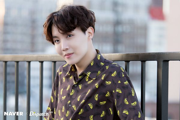 Tags: K-Pop, BTS, J-Hope, Close Up, Day, Collar (Clothes), Wavy Hair, City, Black Eyes, Outdoors, Dispatch