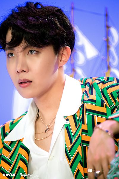 Tags: K-Pop, Bangtan Boys, IDOL (Song), J-Hope, Bracelet, Looking Ahead, Close Up, English Text, Collar (Clothes), Ring, Contact Lenses, Necklace