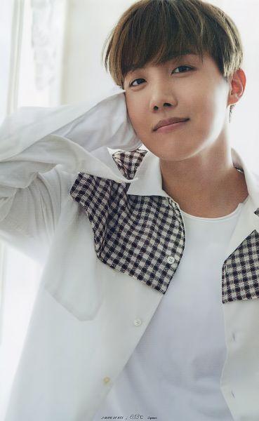 Tags: K-Pop, Bangtan Boys, J-Hope, Checkered Shirt, Black Eyes, Checkered, Magazine Scan, Anan Magazine