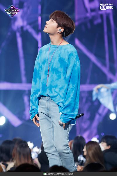 Tags: Television Show, K-Pop, BTS, Make It Right, J-Hope, Blue Pants, Ring, Earbuds, Necklace, Blue Shirt, Jeans, Text: URL