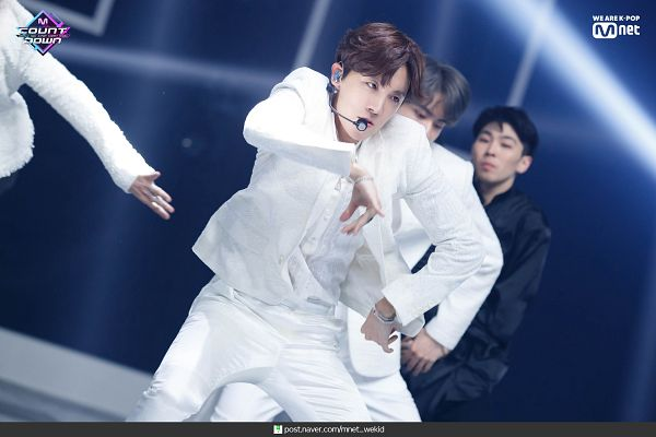 Tags: K-Pop, Television Show, BTS, Dionysus, J-Hope, Trio, Singing, Earbuds, White Outerwear, Ring, Three Males, Suit