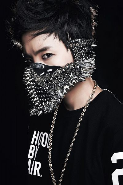 Tags: K-Pop, Bangtan Boys, J-Hope, Mask, Necklace, Face Mask, Black Background, Covering Mouth, Black Shirt, Dark Background, 2 Cool 4 Skool, Android/iPhone Wallpaper