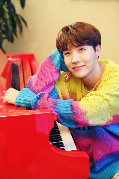 Tags: K-Pop, BTS, J-Hope, Indoors, Piano, Plant, Black Eyes, Musical Instrument, Sweater, Twitter, Hulu Japan
