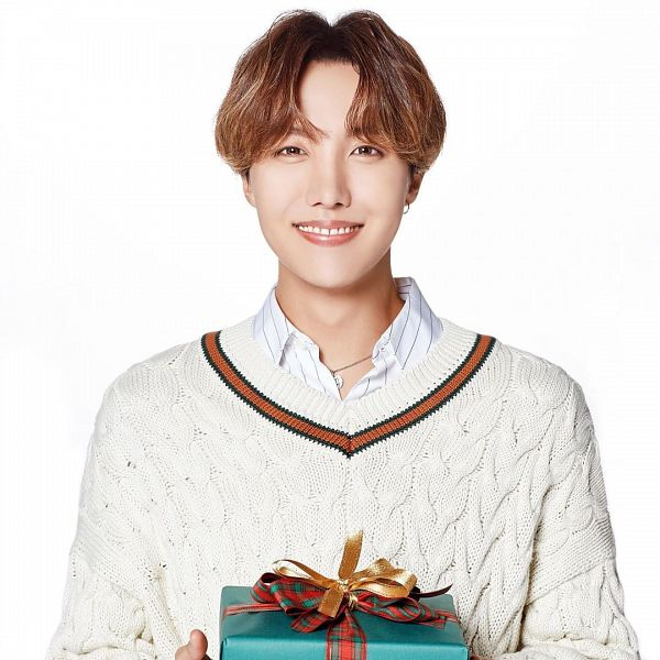 Tags: K-Pop, BTS, J-Hope, Grin, Sweater, Holding Object, Necklace, Close Up, Collar (Clothes), Light Background, Christmas, White Background
