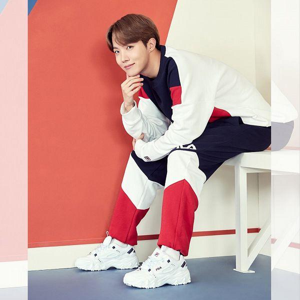 Tags: K-Pop, BTS, J-Hope, Sweatpants, Sneakers, Border, Shoes, Sitting On Bench, Black Eyes, Indoors, Bench, White Footwear