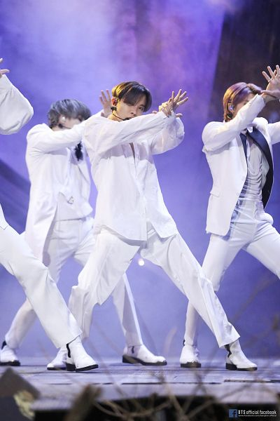 Tags: Television Show, K-Pop, BTS, Black Swan, J-Hope, Suga, Rap Monster, White Outfit, Shoes, White Pants, Covering Face, Purple Hair