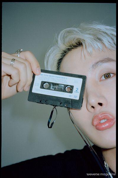 Tags: K-Pop, BTS, J-Hope, Necklace, Contact Lenses, Black Border, White Hair, Cassette, Ring, Gray Background, Weverse, Magazine Scan