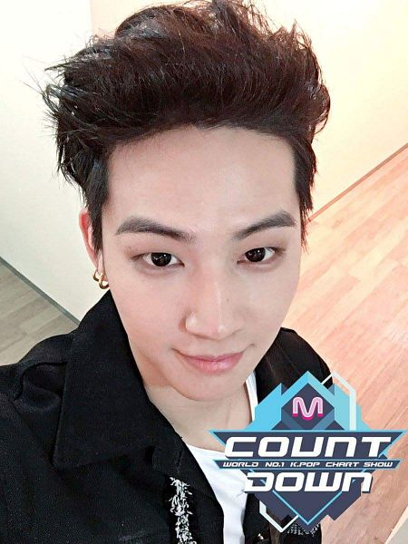 Tags: K-Pop, Television Show, Got7, JYP Entertainment, JB, Short Hair, Earrings, Looking Up, Looking Ahead, Jewelry, Backstage, M!Countdown