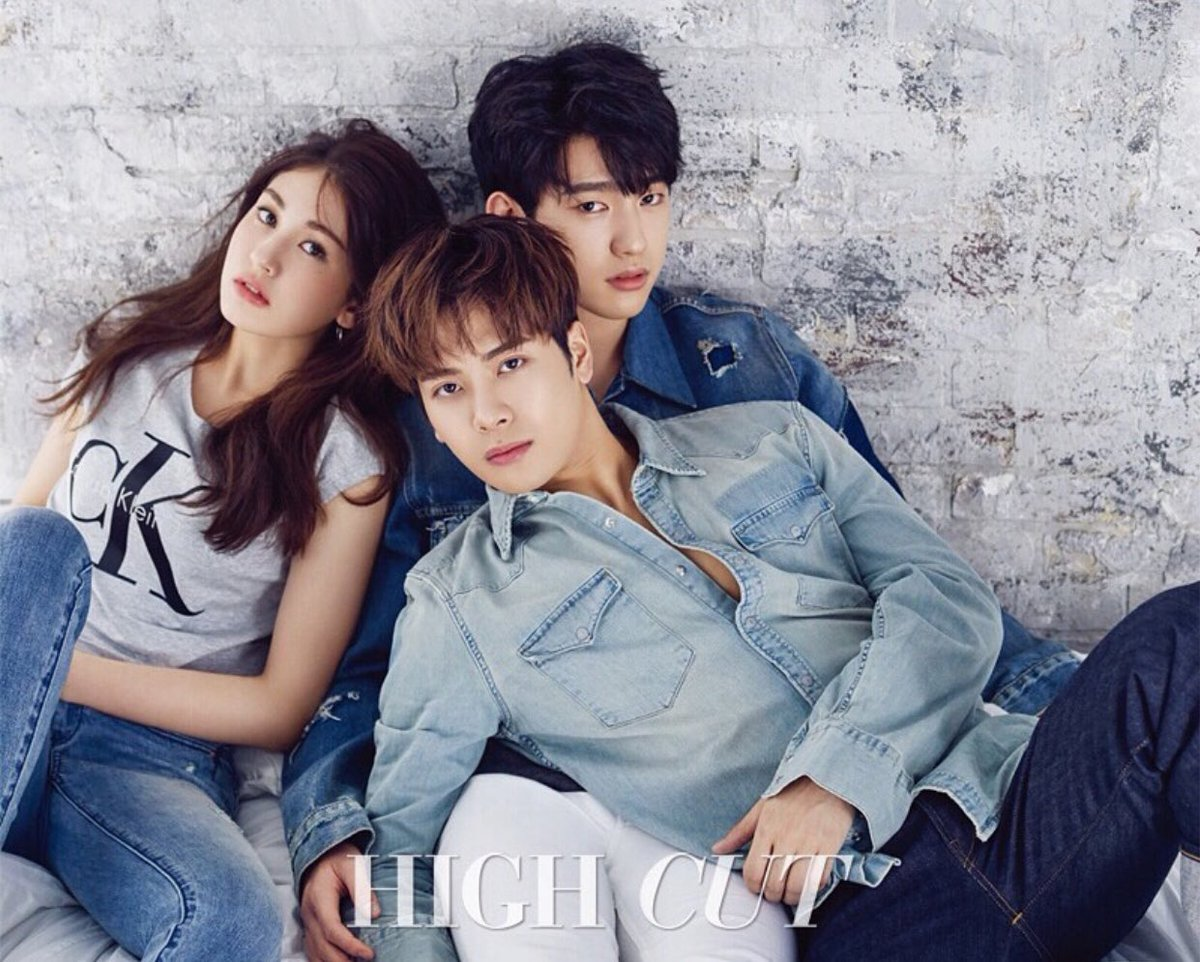 JYP.Entertainment.full.148036.jpg