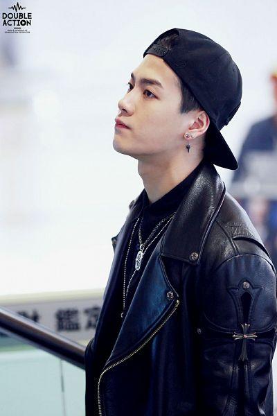 Tags: K-Pop, Got7, Jackson, Necklace, Leather Jacket, Hat, Black Jacket