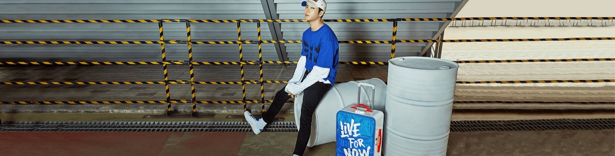 Tags: K-Pop, Got7, Jackson, Black Pants, Bag, Suitcase, Hat, Serious, Blue Shirt, Pepsi, Wallpaper
